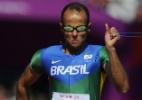 Lucas Prado faz seu melhor tempo no ano e conquista medalha de prata nos 400m rasos T11 - AFP PHOTO / GLYN KIRK
