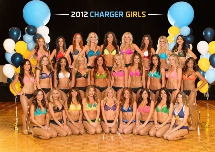 Cheerleaders do San Diego Charges
