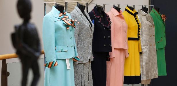 """Conjuntos usados por Margaret Tatcher são leiloados pela Christie""""s em Londres (30/08/2012) - AP"""