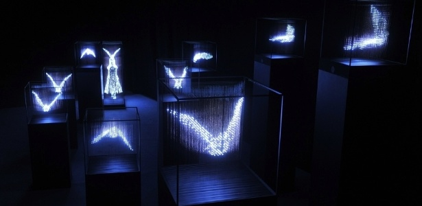 """Formas de aves compõem a exposição """"No Shadow"""", de Makoto Tojiki - Divulgação / Makototojiki.com"""