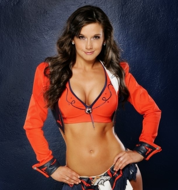 Patricia, cheerleader do Denver Broncos