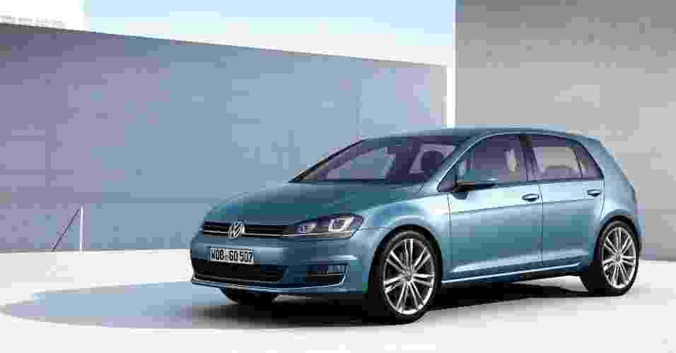 Sétima geração do hatch médio Volkswagen Golf é apresentada na Alemanha. Modelo é principal aposta da marca para tomar liderança do mercado global de carros de Toyota e GM - Divulgação
