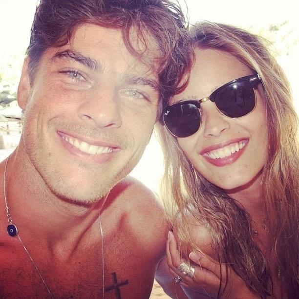 Yasmin Brunet publica foto ao lado do marido (4/9/2012)