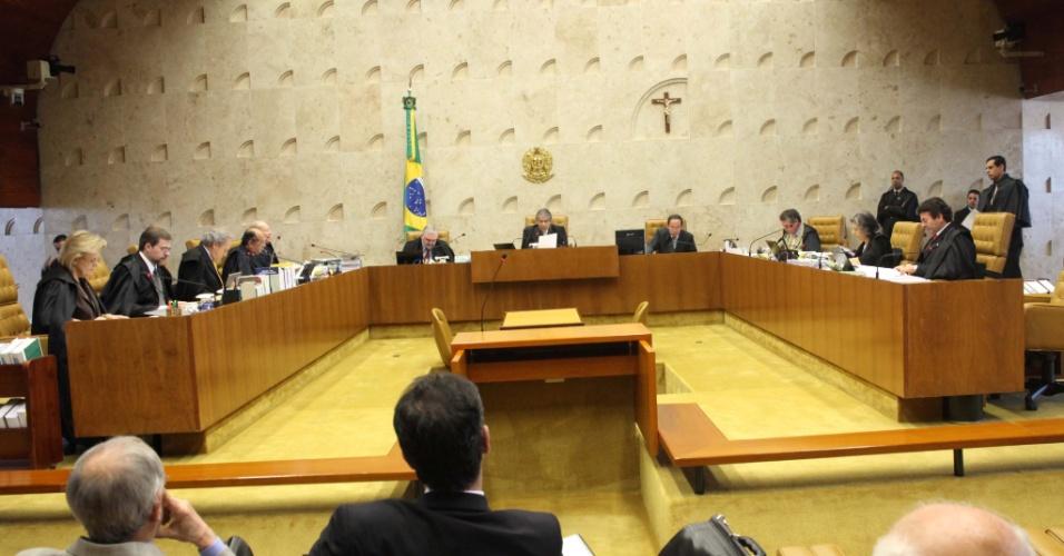 5.set.2012 - O Supremo Tribunal Federal retoma nesta quarta-feira, em Brasília, o julgamento do mensalão com o voto do revisor sobre réus do Banco Rural