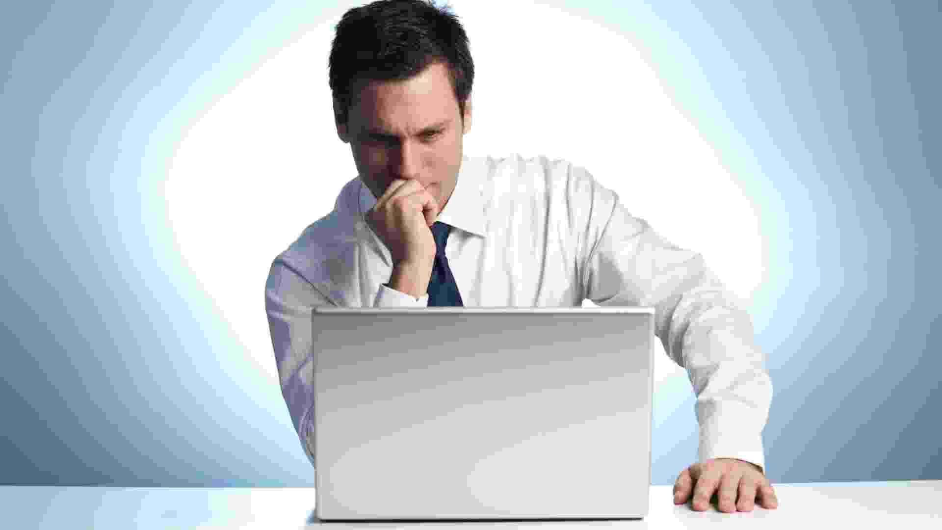 Executivo, homem, empresário, aprendizado, notebook, concentração - Thinkstock