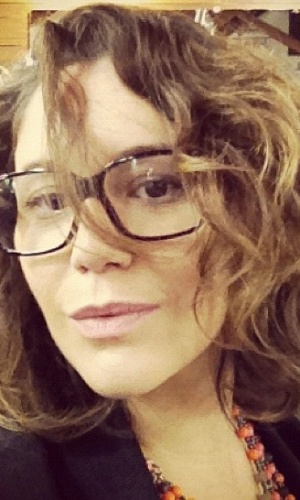 Maria Rita publicou foto no seu perfil do Instagram com madeixas novas. A artista pintou o cabelo nesta quarta-feira (5) e compartilhou o resultado com os fãs na rede social (5/9/12)