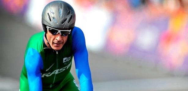 O brasileiro João Alberto Schwindt ficou em terceiro nesta quinta-feira