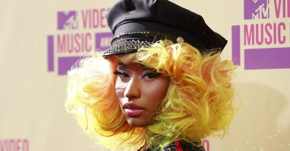 A cantora Nicki Minaj posa para fotos durante o VMA 2012 (6/9/12)