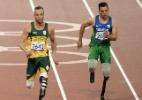 Pistorius e Fonteles decepcionam em prova mais aguardada do atletismo e ficam fora de pódio - AFP PHOTO / ADRIAN DENNIS