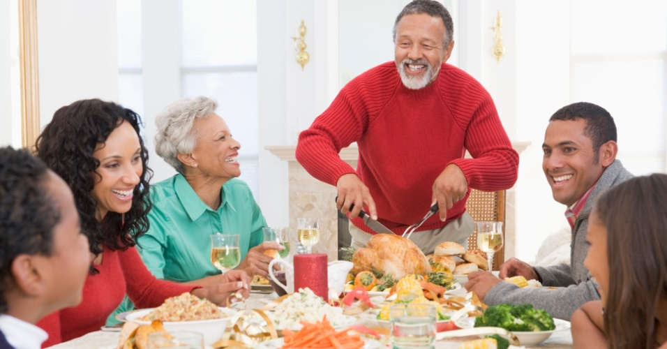 família; jantar; relação; saudável; natal; ceia; alegria; felicidade; relacionamento