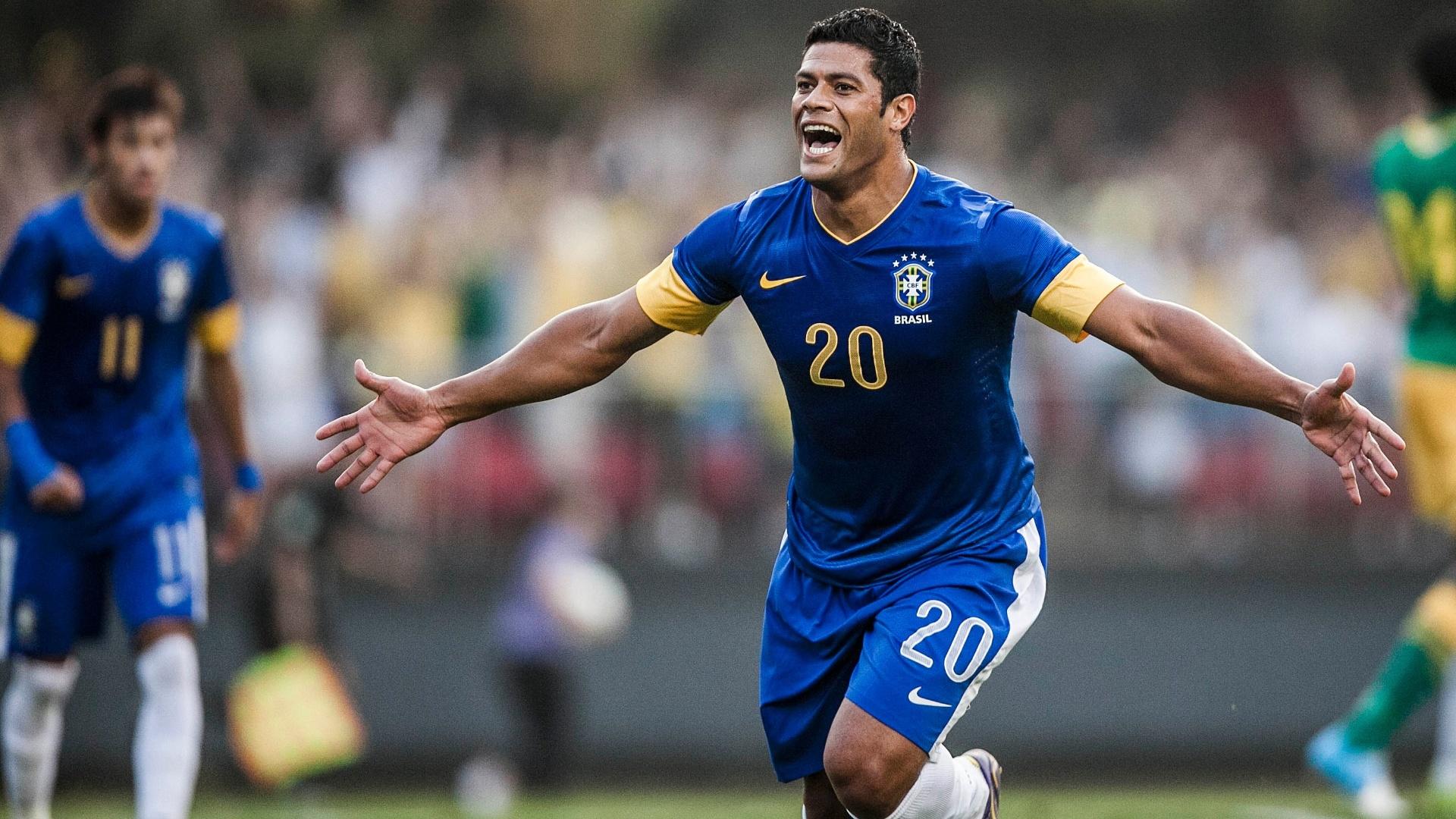 Hulk comemora após marcar o único gol do Brasil contra a África do Sul