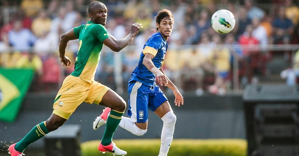 Neymar tenta ganhar na velocidade de marcador da África do Sul