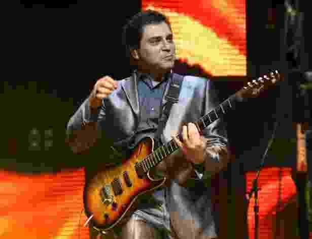 """O cantor Frejat se apresenta no show """"A Tal da Felicidade"""" no Credicard Hall, em São Paulo (6/9/12) - Manuela Scarpa/Foto Rio News"""