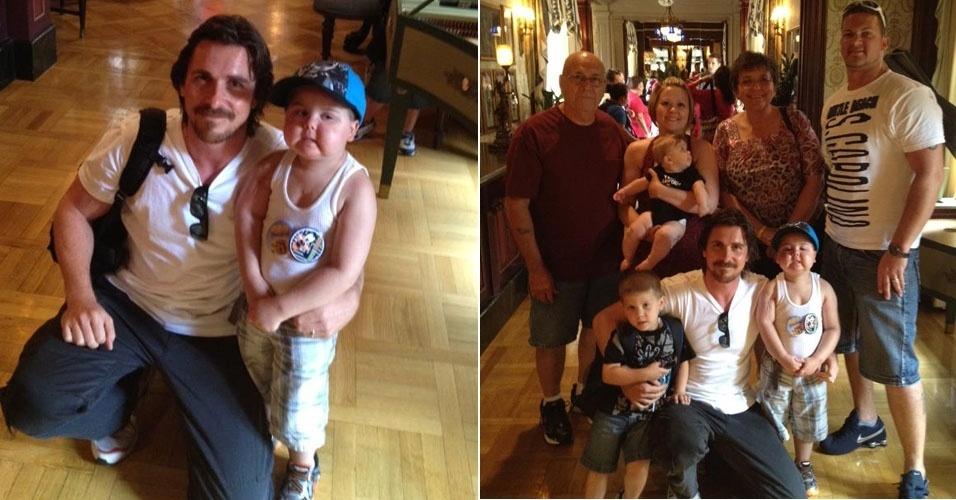 """O ator Christian Bale posa para fotos com Jayden Barber, de 4 anos. Fã de """"Batman"""", o menino tem câncer nos ossos e foi levado para um almoço na Disney com Bale."""