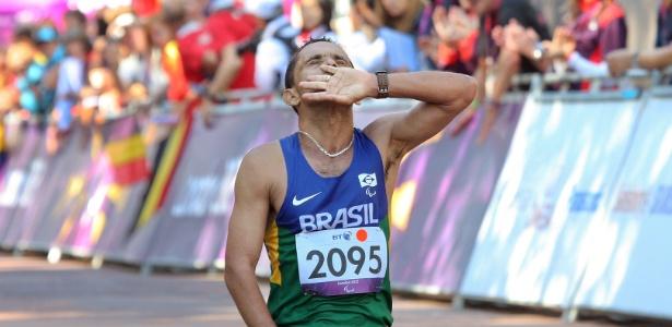 Tito Sena venceu a maratona T46 dos Jogos de Londres; última medalha brasileira