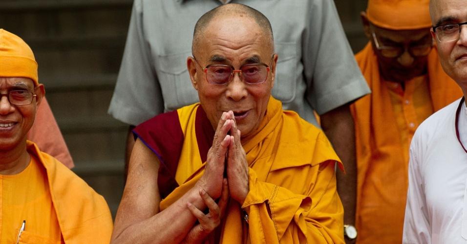 11.set.2012 - Líder espiritual tibetano dalai-lama participa de evento em celebração aso 150 anos do líder espiritual indiano Swami Vivekananda, em Nova Déli, na Índia