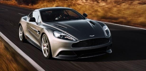 Aston Martin Vanquish é o superesportivo que substitui o DBS na linha de modelos da marca britânica - Divulgação