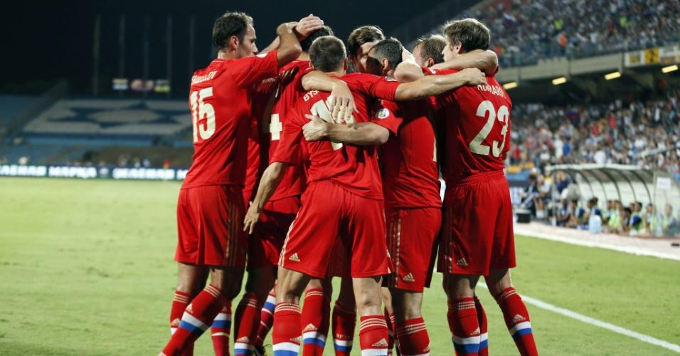 11.set.2012 - Jogadores da seleção da Rússia comemoram gol marcado sobre Israel pelas eliminatórias europeias para a Copa; russos golearam por 4 a 0