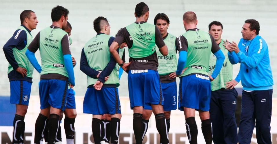 Luxemburgo comanda treinamento do Grêmio nesta terça (11/09/2012)