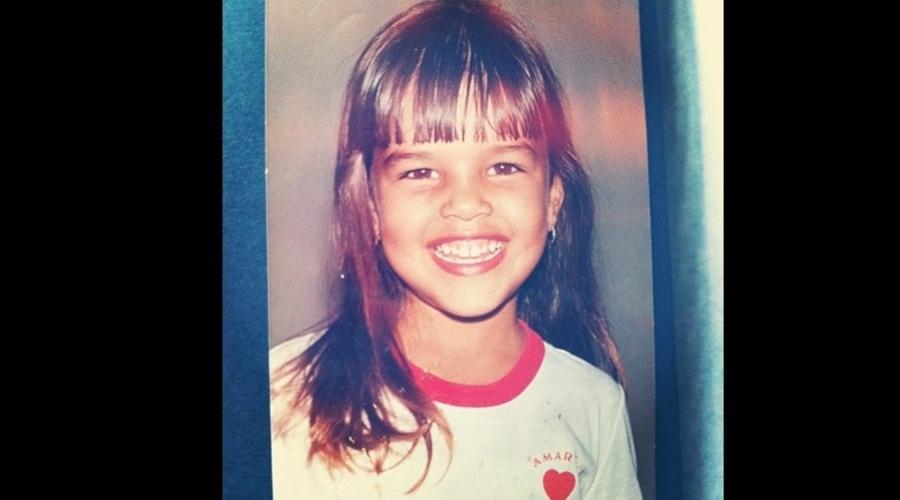 Mariana Rios divulgou uma imagem de quando era criança (11/9/12)