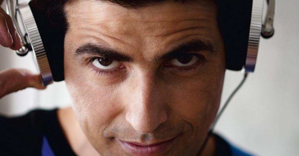 Reynaldo Gianecchini estrela edição da revista Gol