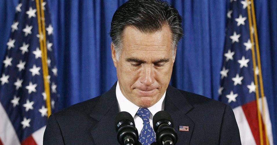 """12.set.2012 - O candidato republicano à Presidência dos Estados Unidos, Mitt Romney, qualificou nesta quarta-feira (12) como """"vergonhosa"""" a atitude da Casa Branca de """"pedir perdão por defender os valores"""" do país após o ataque sofrido por seu consulado em Benghazi, na Líbia, no qual morreram o embaixador e três funcionários americanos"""