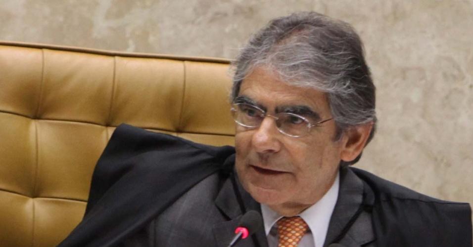 12.set.2012 - O presidente do STF, Carlos Ayres Britto, participa de mais uma sessão do julgamento do mensalão no Supremo Tribunal Federal (STF)
