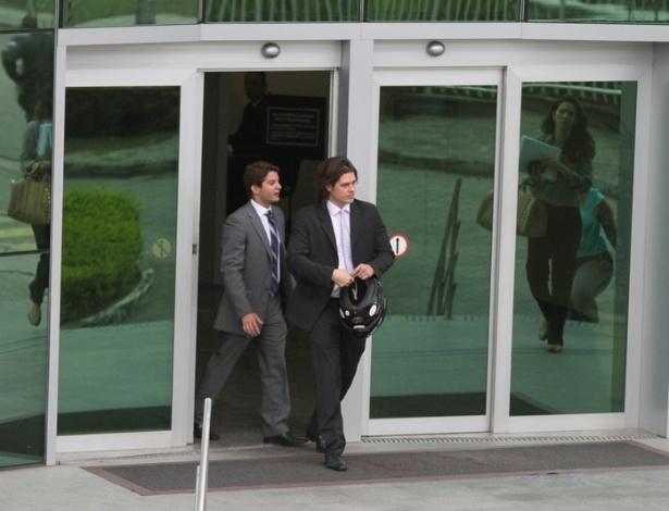 Após ser absolvido da acusação de agredir o filho, Dado Dolabella deixa o fórum do 9º Juizado Especial Criminal (JECrim), na Barra da Tijuca, Rio de Janeiro (12/9/12)