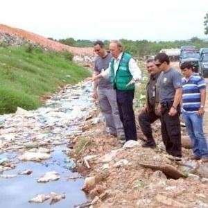 Catadores do lixão de Itaoca lutam por indenização
