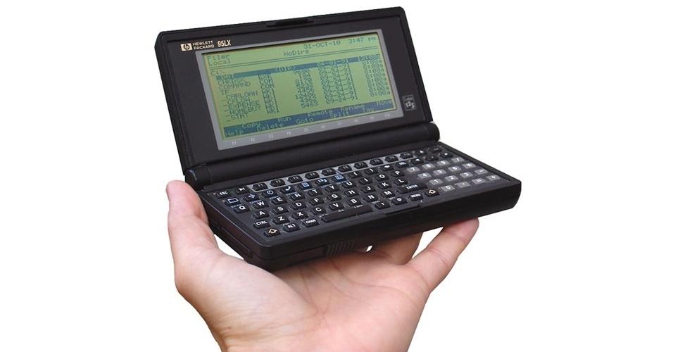 Muito antes do surgimento dos smartphones e tablets, foram os dispositivos Palm Tops, pequenas agendas eletrônicas, espécie de ''minicomputadores portáteis'', que ajudavam os usuários a se organizarem. A HP lançou em 1991 o 95LX, que incluía funções de calculadora, calendário de compromissos, editor de texto e programa para sincronização de dados com o computador. Era vendido por US$ 699. Atualmente, em sites de leilões ele é encontrado por US$ 71 (cerca de R$ 143)