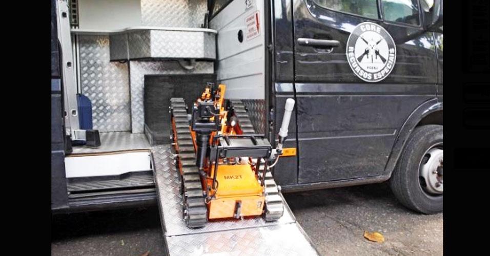 14.set.2012 - O Esquadrão Antibomba da Coordenadoria de Recursos Especiais (Core) do Rio de Janeiro recebeu equipamentos de última geração, através de um investimento de R$ 6 milhões para a unidade. A ação faz parte dos esforços do governo do Rio para melhorar as forças especiais policiais e reforçar a segurança do Estado