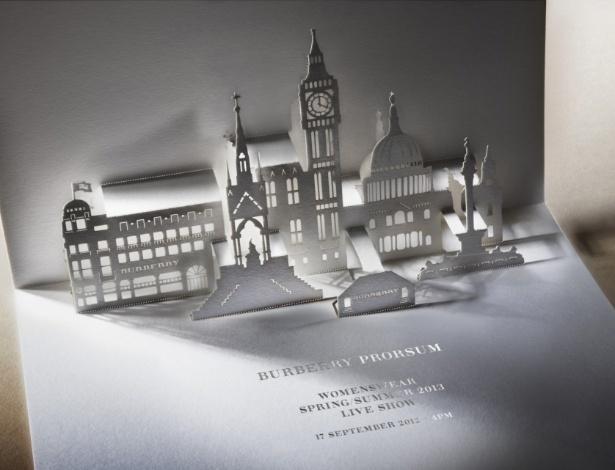 Convite para o desfile da Burberry para o Verão 2013 durante a semana de moda de Londres - Divulgação