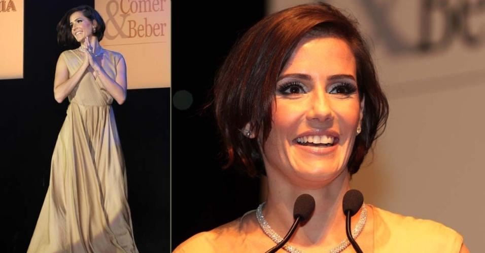 Deborah Secco na festa da VEJA São Paulo Comer & Beber na premiação de lançamento da 16ª edição do guia no HSBC Brasil, em São Paulo (13/9/12)