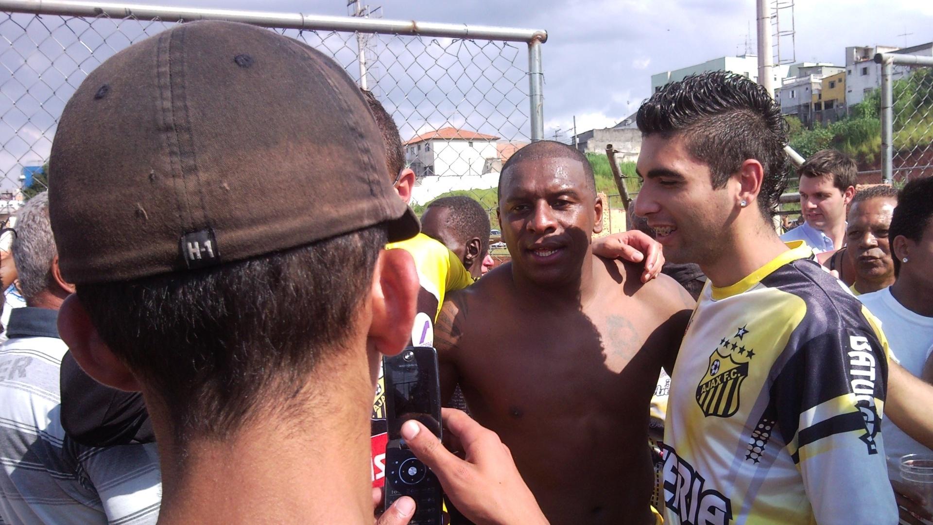 Gilmar Fubá em sua estreia pelo Ajax, da Vila Rica