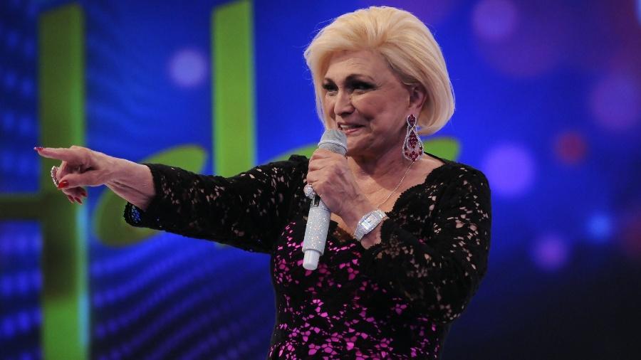"""Hebe Camargo apresentando o programa """"Hebe"""", na Rede TV!, em 2012 - Francisco Cepeda/AgNews"""