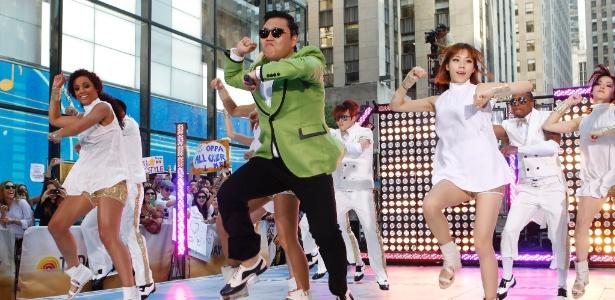 """O cantor Psy dança durante apresentação de """"Gangnam Stylie"""" no programa """"Today"""", da rede norte-americana NBC (14/9/12) - Mike Coppola/Getty Images/AFP"""