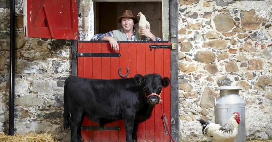 15.set.2012 - O Livro dos Recordes apresenta Archie, o menor touro do mundo, com seus 76,2 centímetros de altura; 38 a mais que a maioria dos touros. Ele vive na Irlanda do Norte (Reino Unido)