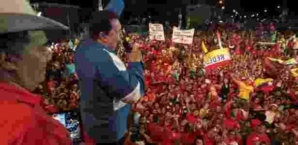 A campanha à reeleição de Hugo Chávez na Venezuela em 2012 foi feita por Santana - Presidência da Venezuela/AFP - Presidência da Venezuela/AFP