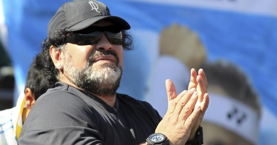 Diego Maradona tentou incentivar Argentina na Davis