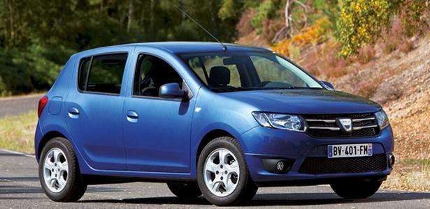 A romena Dacia deixou seu Sandero mais próximo do utilitário Duster; sedã Logan tem mesmo visual - Divulgação