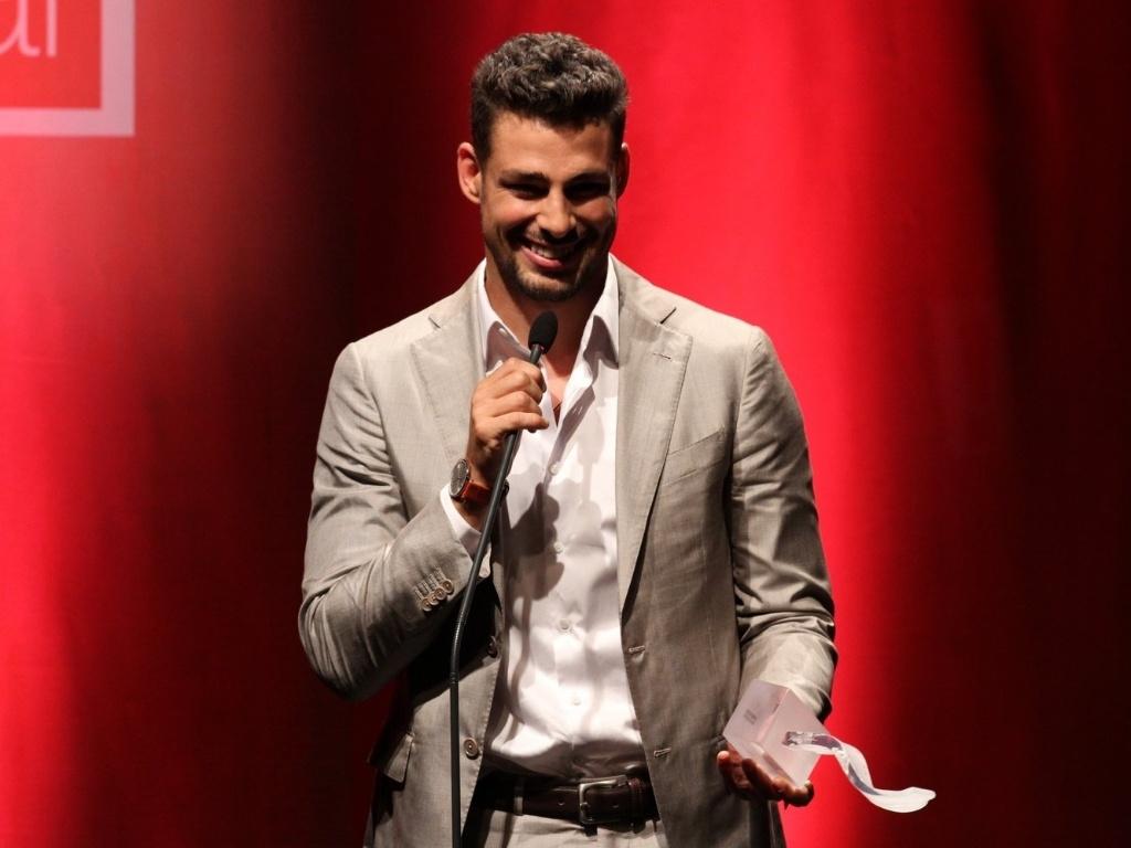 Cauã Reymond ganhou na Categoria de Melhor Ator Coadjuvante no Voto Popular no 7º Prêmio Contigo! de Cinema (17/9/12)