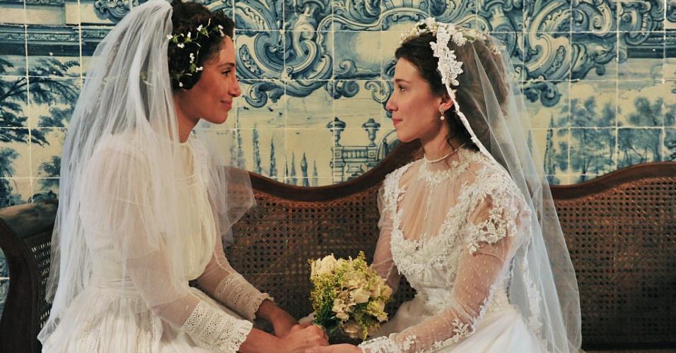 Casamento de Isabel (Camila Pitanga) e Laura (Marjorie Estiano) em