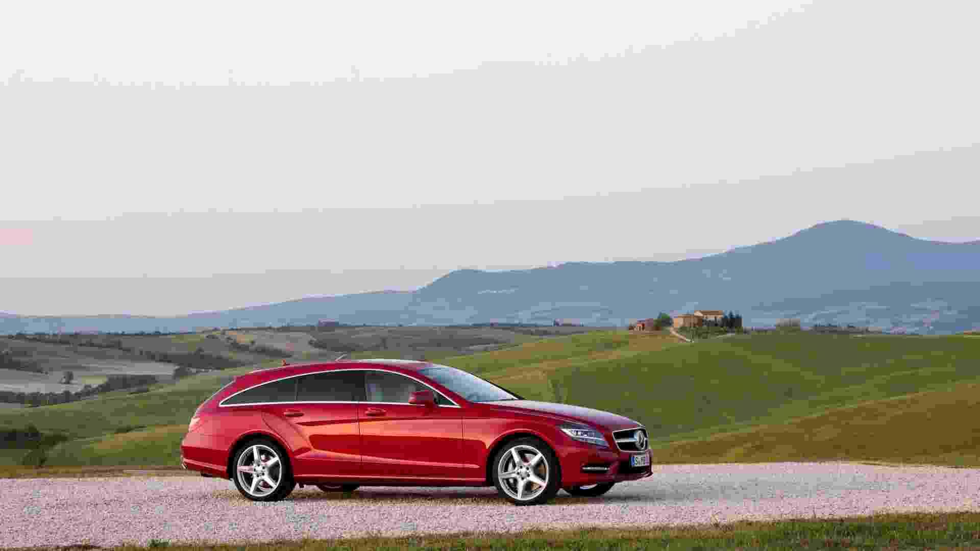 Mercedes-Benz apresenta a perua CLS Shooting Brake, derivada do cupê de quatro portas, no Salão de Paris - Divulgação