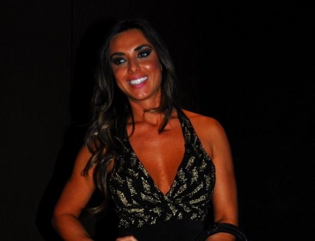Nicole Bahls na festa de aniversário do cantor sertanejo Sorocaba, da dupla Fernando & Sorocaba, na casa noturna Wood?s em São Paulo (17/9/12)