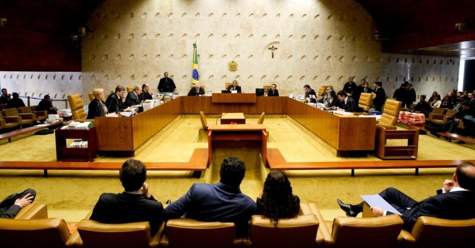 19.set.2012 - Ministros do STF realizam mais uma sessão do julgamento do mensalão, em Brasília, nesta quarta-feira