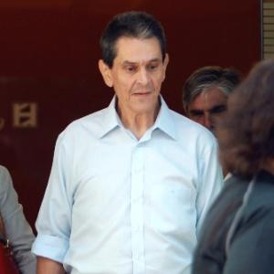 Roberto Jefferson (à direita) foi condenado por corrupção passiva e lavagem de dinheiro - Gabriel de Paiva - 19.set.2012/ Agência O Globo