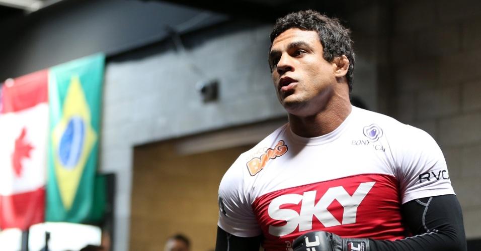 Vitor Belfort arrebatou a torcida no treino aberto do UFC 152, em Toronto, no Canadá