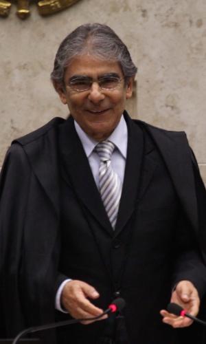 20.set.2012 - Ministro Ayres Britto, sorri ao presidir sessão do julgamento do mensalão no STF, em Brasília