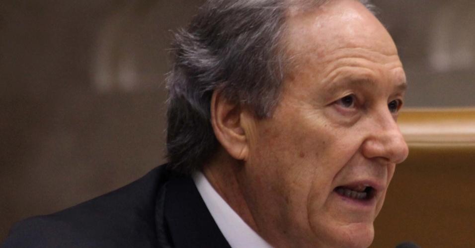20.set.2012 - O ministro Ricardo Lewandowski votou pela condenação do ex-deputado federal Pedro Corrêa, do PP (Partido Progressista) de Pernambuco, pelo crime de corrupção passiva, durante o julgamento do mensalão no STF (Supremo Tribunal Federal), em Brasília