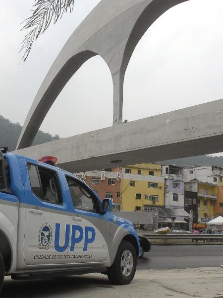 20.set.2012 - Viatura policial após inauguração de UPP na Rocinha - Tânia Rêgo/Agência Brasil